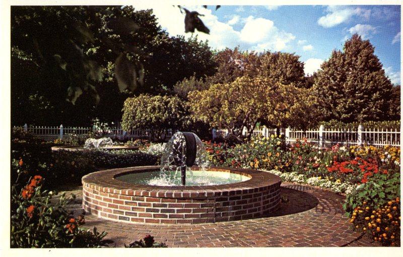 119. Prescott Park Memorial Gardens 3 1981_Front.jpg