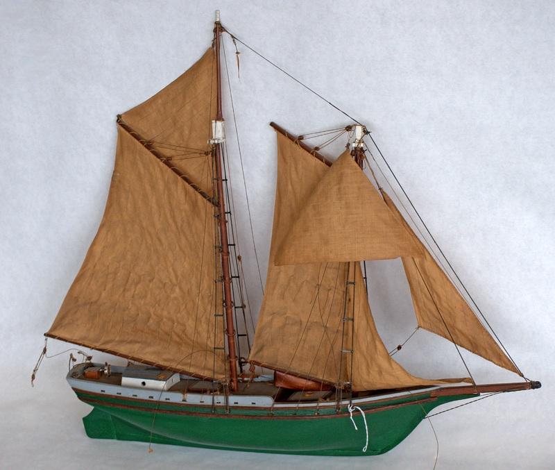 21. Whaler-Schooner 376 0008FA (5).jpg