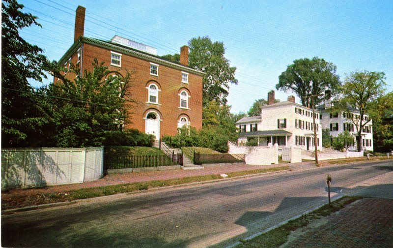 111. Middle St 1 1973_Front.jpg